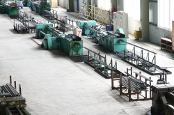 Three roller type cold mill  2